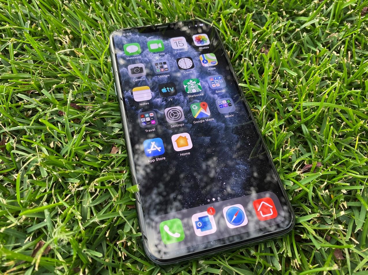iPhone-11-ekran-değişim-giyatı